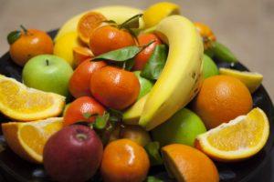 kakie-frukty-mozhno-kushat-pri-diete